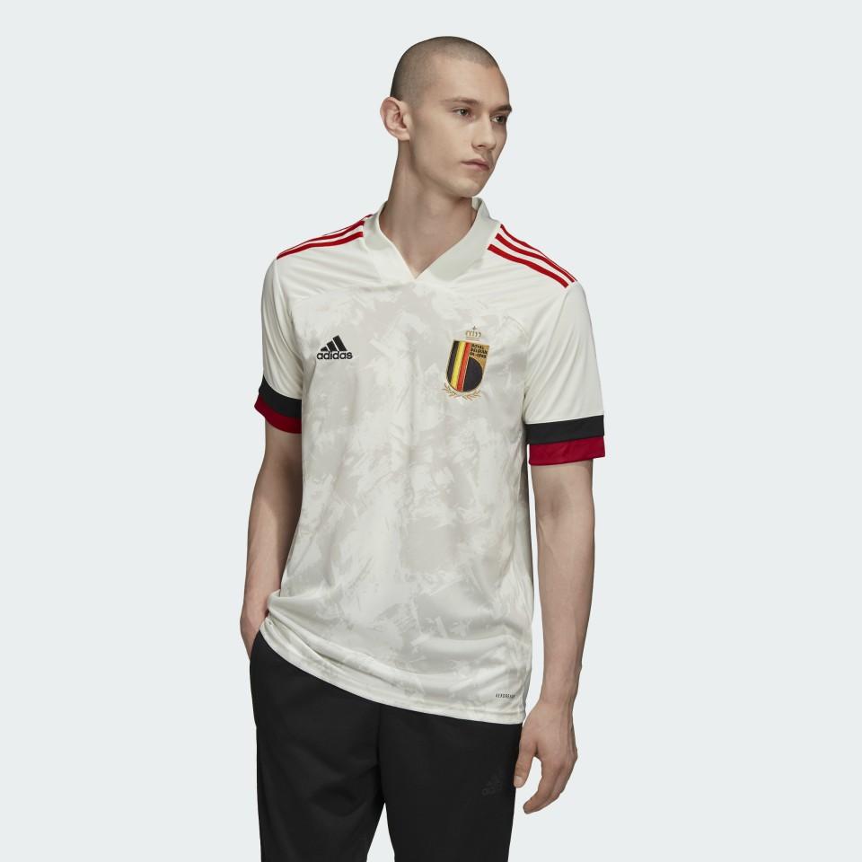 Virus Condivo 20: Así es la nueva camiseta alternativa de Bélgica