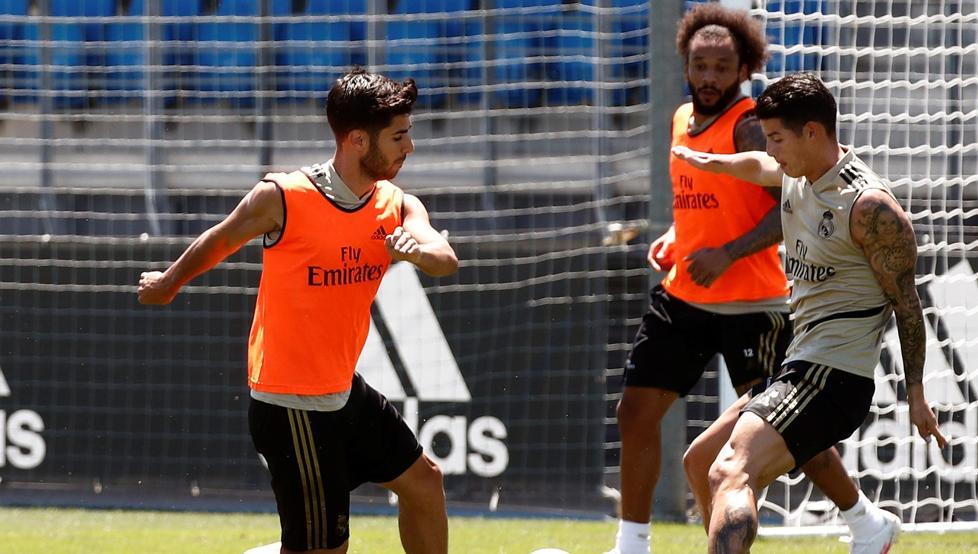La plantilla del Real Madrid ya ha pasado los test y esta tarde conocerán los resultados